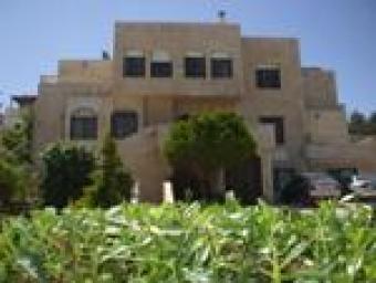 luxury villa for rent Amman