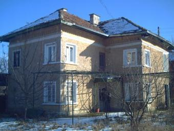 Well Maintained 2 storey house Vratsa County