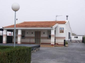 Villena, 3 Bed Country House Alicante