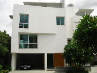 House for sale/rent Bangkok