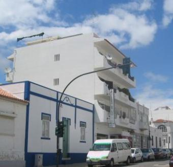 6 APARTMENTS & 2 SHOPS Albufeira