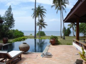60m West Coast Beachfront Land Ko Lanta Yai