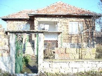 Beautiful two-storey house Rousse