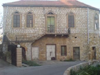 old house for Sale in Broumana Broumana