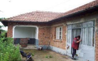 OLD HOUSE WITH HUGE YARD Dalgopol