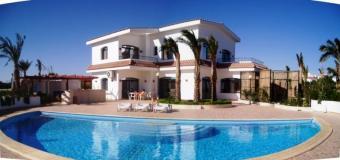 Villa with a private beach Hurghada