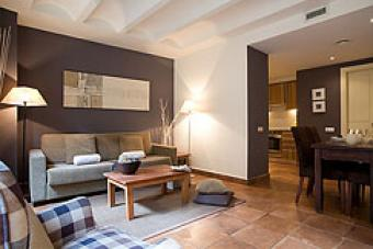 Nice 2 Bedroom Apartment for Ren Madrid