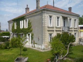 40 min from Bordeaux Berson