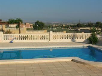 Villa by the beach & golf course Alicante