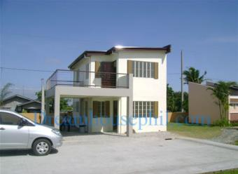 4 bedroom house at the Oaks Cavite