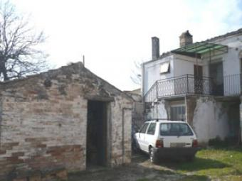 Two beds, habitable, 3km from li Chieti