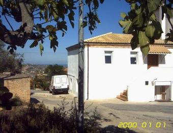 RENOVATED HOUSE IN ABRUZZO Pescara
