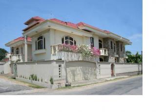 House for sale Mount Lavinia