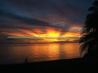 sunsets and hotsprings on ocean Mambajao