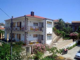 Apartment house 30m from the sea Trogir
