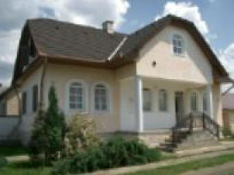 Impressive house in Hungary Sarvar