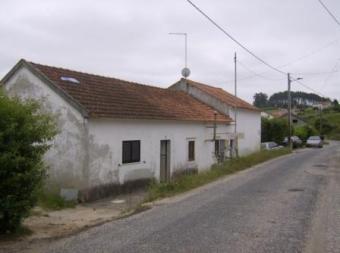 Farm with house for renovation Alcobaça