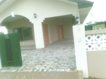Nice new house for rent Accra