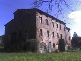 Farmhouse close to Lucca and Mon Lucca Sorroundings