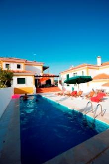 Villa with pool on the beach Foz Do Arelho