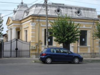 Historical house for rent Pitesti