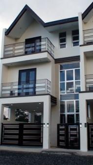 Ideal Townhomes   Fort Bonifacio Makati