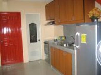 Forsale townhouse in las pinas Zapote