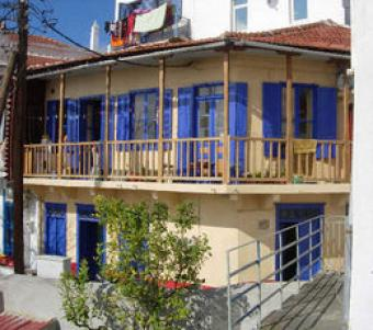 Two floors traditional house Skopelos Glossa
