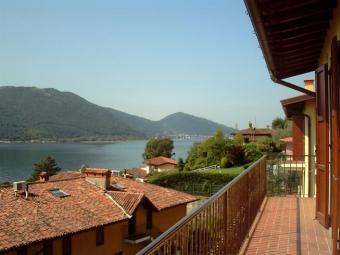Simple But Unique One Bedroom Ap Iseo Lake