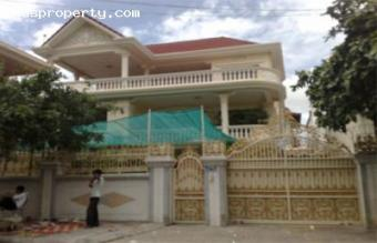 khmer villa style Phnom Penh