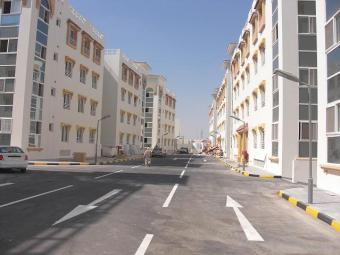 2-3B/R  IN A COMPOUND Doha