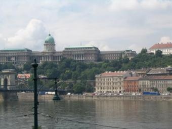 INVEST IN HUNGARIAN PROPERTY Budapest