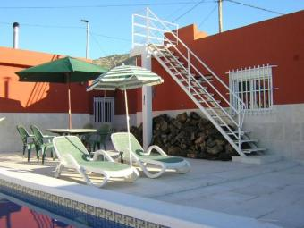 Pinoso, 6 Bed Country House Alicante