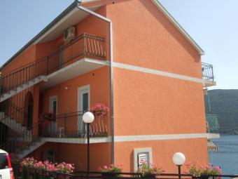 House near Herceg Novi;256KHN Herceg Novi