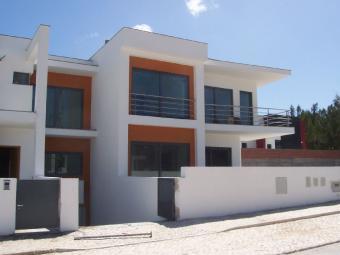 Modern house under construction Caldas Da Rainha