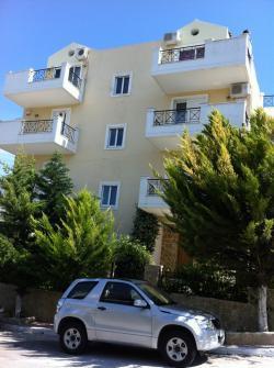 ATHENS-GLYKA NERA, LUXURY HOUSE Athens   Glyka Nera