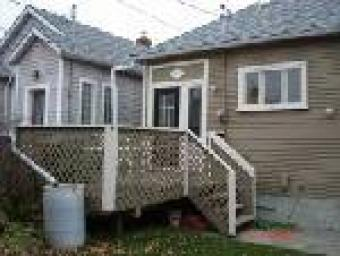 HOUSE FOR RENT BY OWNER ACROSS B Calgary