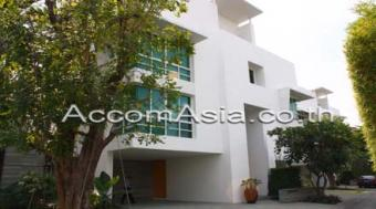 HOUSE WITH PRIVATE POOL ,SATHORN Bangkok