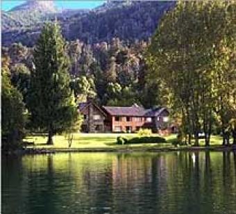 luxury Villa with 60 m coastline San Carlos De Bariloche