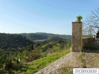 Land with stone farmhouse Palermo