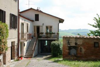 House in Binami Umbria Castiglione Del Lago