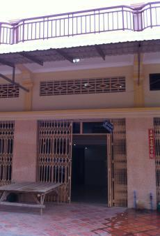 flat (4m x 12m) for sales Phnom Penh