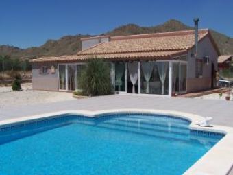 BARGAIN villa with pool Abanilla