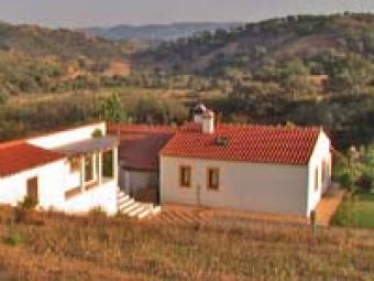 Beautiful located House with 8ha Alentejo