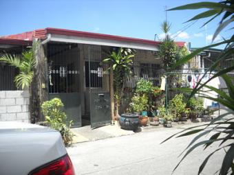 Apartment for Rent-Zabarte Mall Caloocan