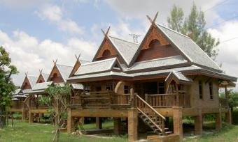 Resort for Sale 10 Rai TH95 Mil. Chiang Mai
