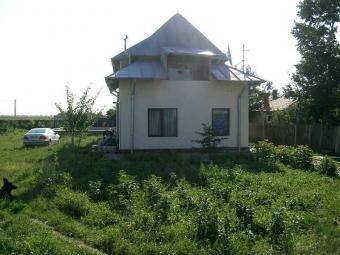 4 BEDROOMED HOUSE FOR SALE Ploiesti