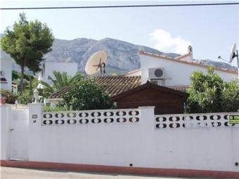 Very well maintained villa Denia