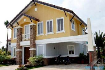 Elegant houses at Bellefort Molino Iv Bacoor, Cavite