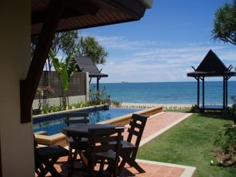 Beautiful Beachfront Villa Ko Lanta Yai